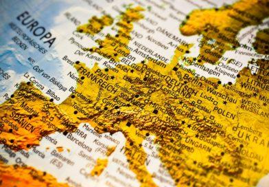 Le traité franco-allemand fait polémique