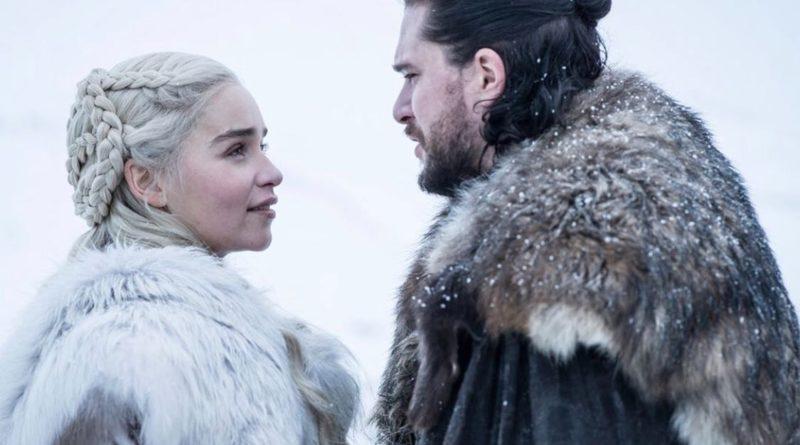 Jon Snow et Daenerys, deux des personnages clés de Game of Thrones