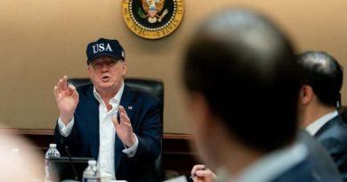 Donald Trump en conférence de presse à la Maison Blanche.